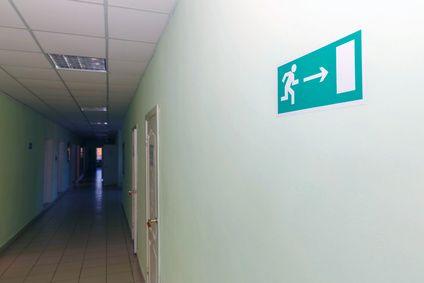 BAES-signalisation-des-issues-de-secours-a-droite